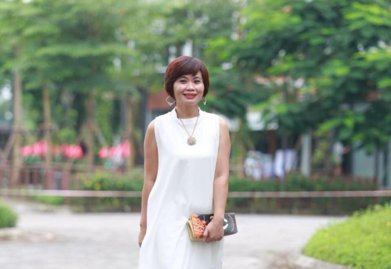 Nhà báo Hoàng Yến
